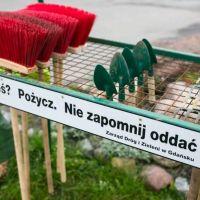 Sprzęt do sprzątania na gdańskich cmentarzach